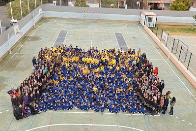 https://sites.google.com/a/guiomar.es/colegio-antonio-machado/25-Aniversario/foto_Familia_2.jpg?attredirects=0&d=1